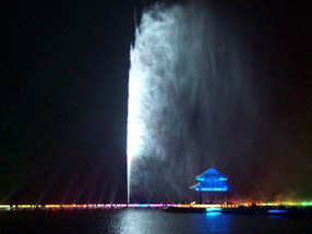 High jet fountain